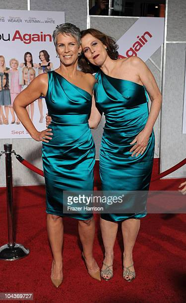 "Actresses Jamie Lee Curtis and Sigourney Weaver arrives at the premiere of Touchstone Pictures' ""You Again"" at the El Capitan on September 22, 2010..."