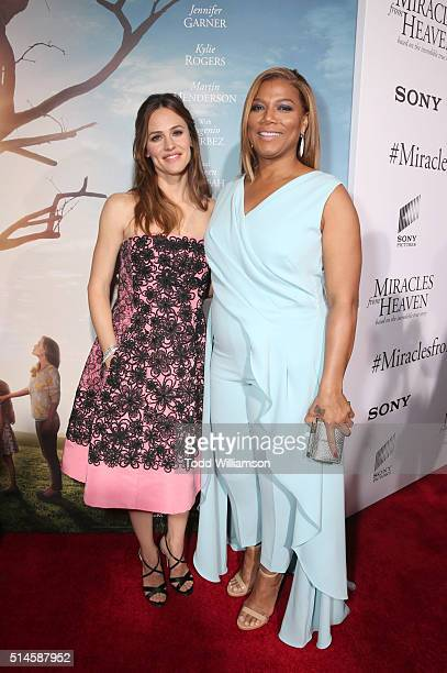 Actresses Jennifer Garner and Queen Latifah attend the premiere of Columbia Pictures' Miracles From Heaven at ArcLight Hollywood on March 9 2016 in...