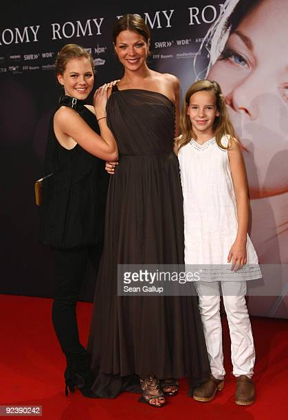 Actresses Jessica Schwarz Alicia von Rittberg and Stella Kunkat attend the premiere of Romy at the Delphi cinema on October 27 2009 in Berlin Germany