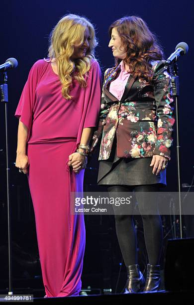 Actresses Joely Fisher and Vicki Lewis perform onstage during the What A Pair Benefit Concert to support breast cancer research education programs at...