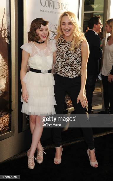 Actresses Joey King and Hunter King arrive at 'The Conjuring' Los Angeles Premiere at the ArcLight Cinemas Cinerama Dome on July 15 2013 in Hollywood...
