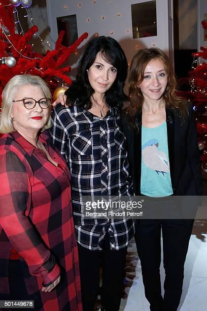 Actresses Josiane Balasko Zabou Breitman and Sylvie Testud present the Movie 'Arrete ton cinéma ' during the 'Vivement Dimanche' French TV Show at...