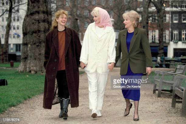 Actresses Julia Roberts Daryl Hannah and Olympia Dukakis on a promotional shoot for the film 'Steel Magnolias' at Berkeley Square on February 1990 in...