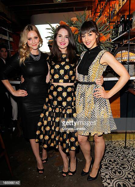 Actresses Julianna Guill Alison Brie and Cyrina Fiallo attend Vogue's 'Triple Threats' dinner hosted by Sally Singer and Lisa Love at Goldie's on...