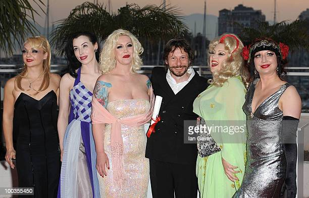 Actresses Julie Atlas Muz Evie Lovell Mimi Le Meaux winner of the award for Best Director Mathieu Amalric Dirty Martini and Kitten on the Keys attend...