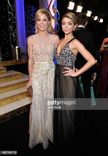Actresses Julie Bowen and Sarah Hyland attend TNT's 21st Annual Screen Actors Guild Awards at The Shrine Auditorium on January 25, 2015 in Los...