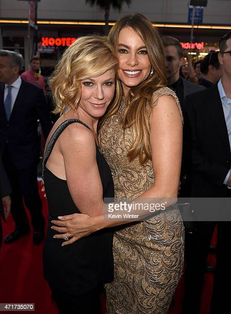 """Actresses Julie Bowen and Sofia Vergara attend the premiere of New Line Cinema and Metro-Goldwyn-Mayer's """"Hot Pursuit"""" at TCL Chinese Theatre on..."""