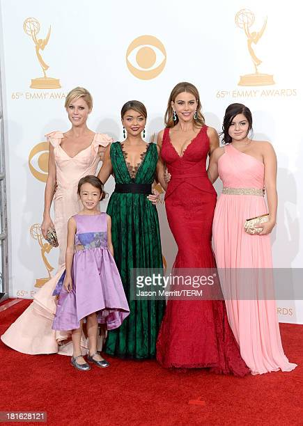 Actresses Julie Bowen Aubrey AndersonEmmons Sarah Hyland Sofia Vergara and Ariel Winter winners of Outstanding Comedy Series for 'Modern Family' pose...