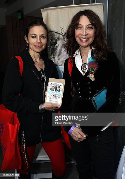 Actresses Justine Bateman and Illeana Douglas poses at Kari Feinstein Golden Globes Style Lounge held at Zune LA on January 9 2009 in Los Angeles...