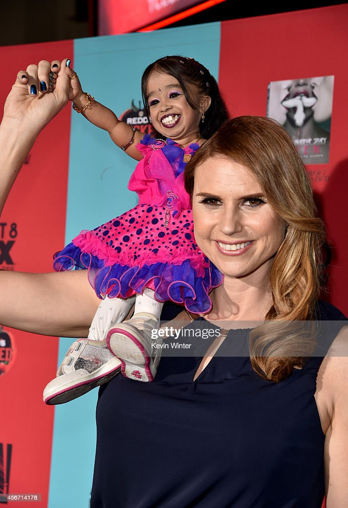 "Premiere Screening Of FX's ""American Horror Story: Freak Show"" - Red Carpet : News Photo"