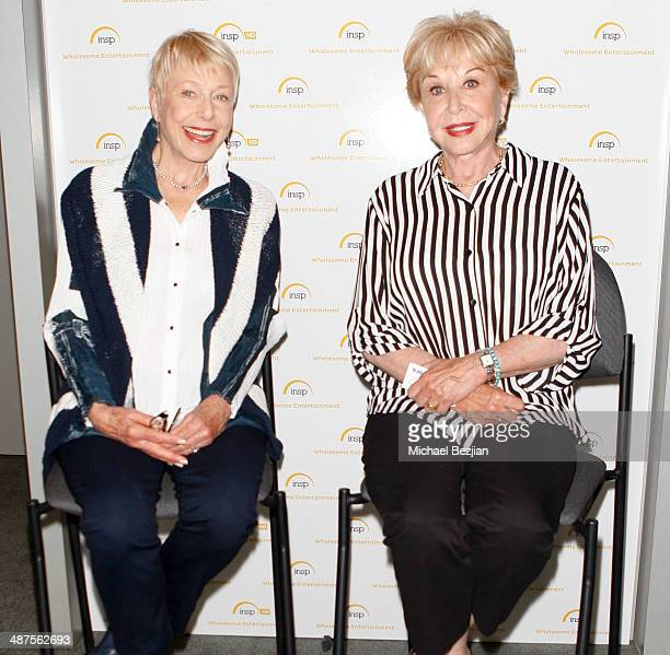 Actresses Karen Grassle and Michael Learned at The Cable Show on April 30 2014 in Los Angeles California