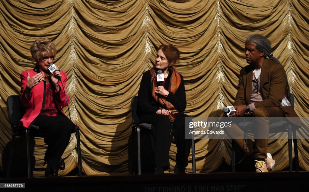 """Film Independent At LACMA Presents Screening And Q&A Of """"Guess Who's Coming To Dinner"""" : Foto jornalística"""