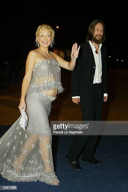 """Actresses Kate Hudson and her husband Chris Robinson arrive at the screening of the James Ivory film """"Le Divorce"""" at the 60th Venice Film Festival..."""