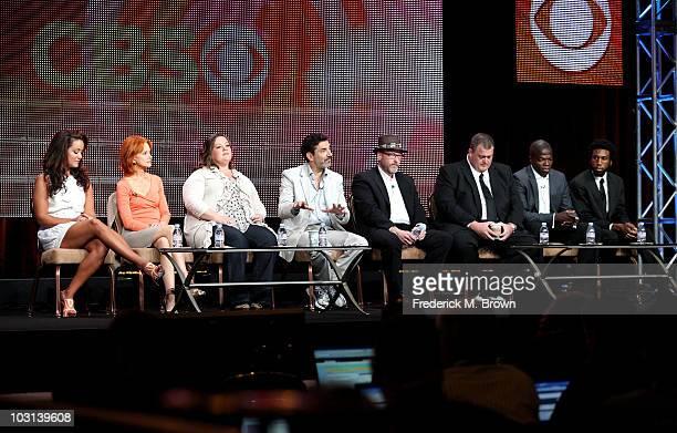 Actresses Katy Mixon Swoosie Kurtz Melissa McCarthy executive producer Chuck Lorre creator/executive producer Mark Roberts actors Billy Gardell Reno...