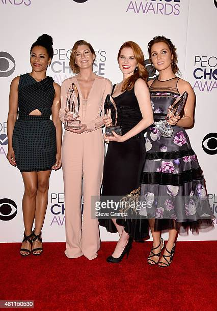 Actresses Kelly McCreary Ellen Pompeo Sarah Drew and Camilla Luddington pose in the press room at the 41st Annual People's Choice Awards at Nokia...