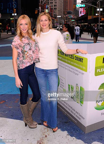 Actresses Kelly Rutherford and Katie Cassidy attend the Garnier Cleaner Greener tour launch at Times Square on April 11 2011 in New York City