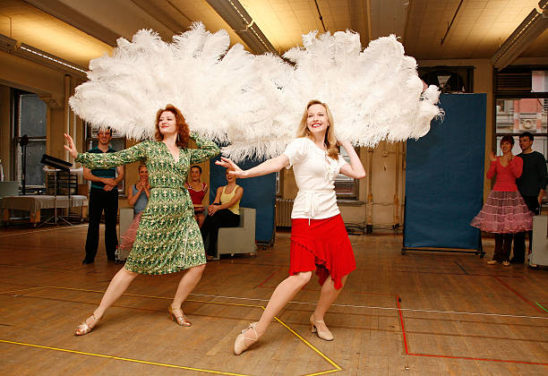 actresses kerry omalley l and meredith patterson perform at a photo call - Actresses In White Christmas