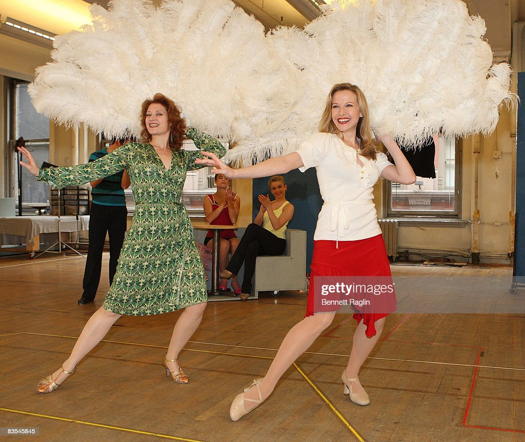 actresses kerry omalley and meredith patterson perform at the photo call for irving - Actresses In White Christmas