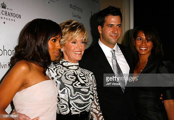 Actresses Kerry Washington and Jane Fonda son Troy Garity and wife Simone Bent arrive to ELLE Magazine's 15th Annual Women in Hollywood Tribute held...