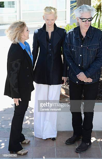 Actresses Kim Novak Tilda Swinton and director Jim Jarmusch attend the 'Hommage To Kim Novak' photocall during the 66th Annual Cannes Film Festival...