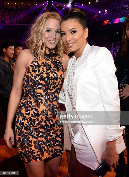 Actresses Kristen Bell and Eva Longoria attend Nickelodeon's 27th Annual Kids' Choice Awards held at USC Galen Center on March 29 2014 in Los Angeles...