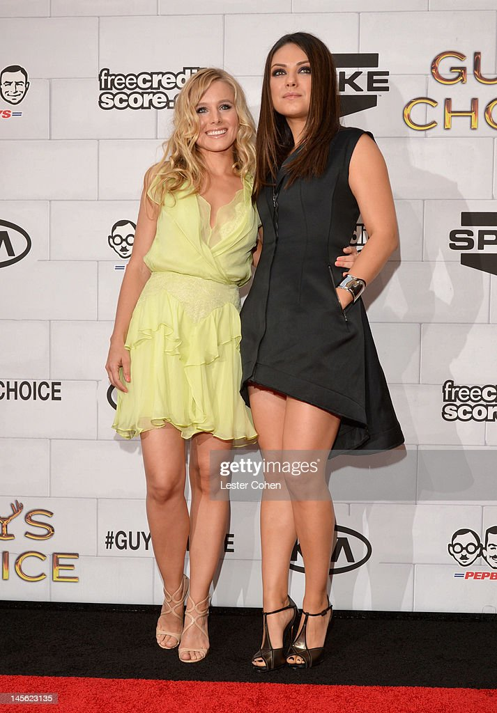 Kristen Bell and Mila Kunis Photos Photos - Spike TVs 6th