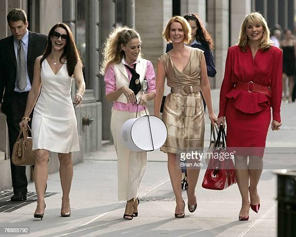 Actresses Kristin Davis as Charlotte Sarah Jessica Parker as Carrie Bradshaw Cynthia Nixon as Miranda and Kim Cattrall as Samantha on location for...