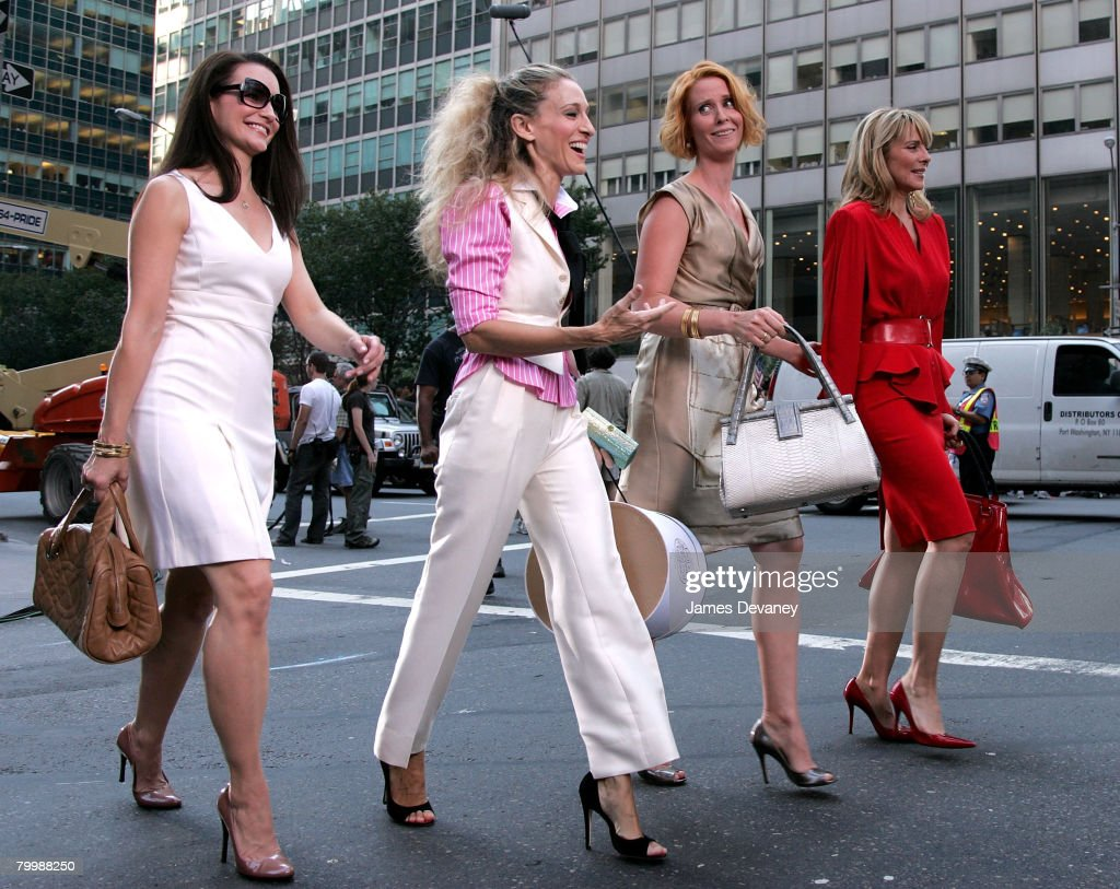 Actresses Kristin Davis, Sarah Jessica Parker, Cynthia Nixon and Kim Cattrall on the set of 'Sex In The City: The Movie' in New York City on September 21, 2007.