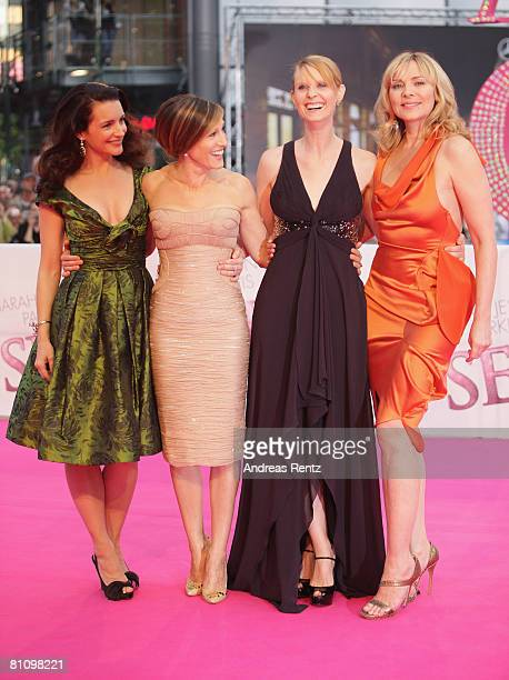 Actresses Kristin Davis Sarah Jessica Parker Cynthia Nixon and Kim Catrall arrive at the German premiere of 'Sex And The City' at the cinestar on May...