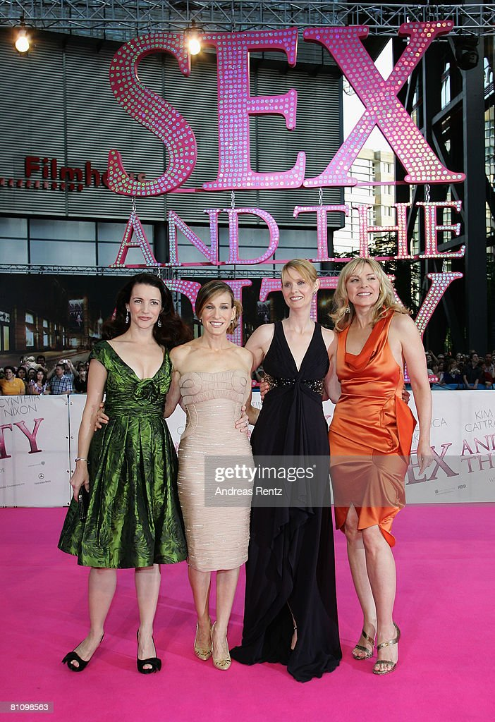 Actresses (L-R) Kristin Davis, Sarah Jessica Parker, Cynthia Nixon and Kim Catrall arrive at the German premiere of 'Sex And The City' at the cinestar on May 15, 2008 in Berlin, Germany.