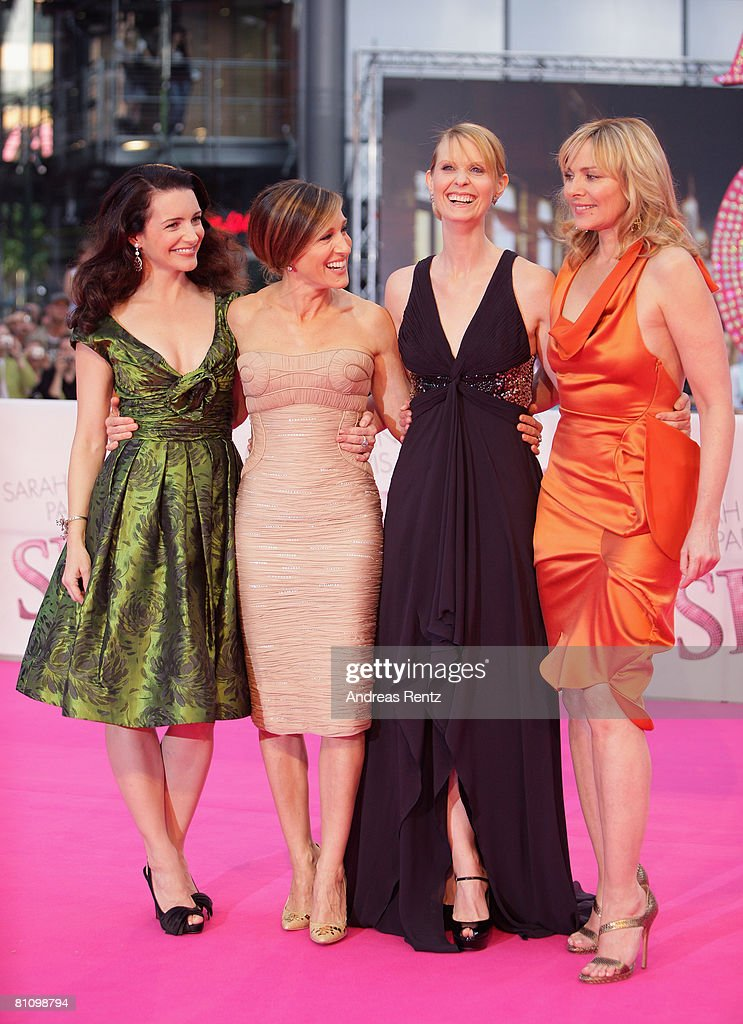 Actresses Kristin Davis, Sarah Jessica Parker, Cynthia Nixon and Kim Catrall arrive at the German premiere of 'Sex And The City' at the cinestar on May 15, 2008 in Berlin, Germany.