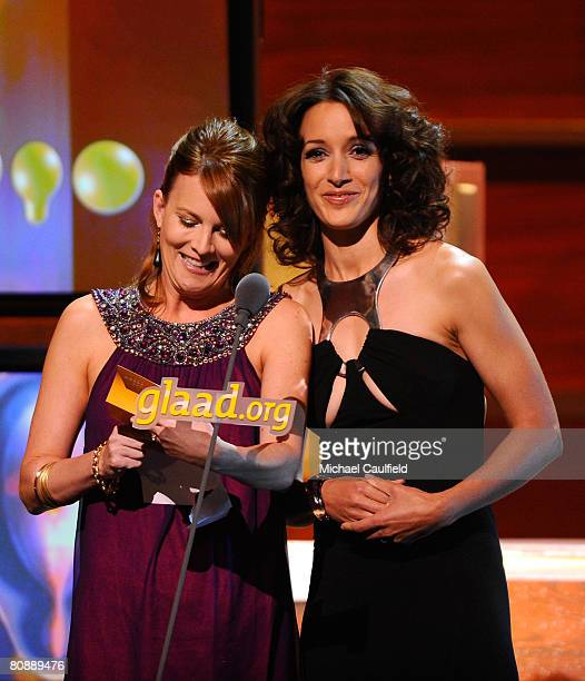 Actresses Laurel Holloman and Jennifer Beals at the 19th Annual GLAAD Media Awards on April 25, 2008 at the Kodak Theatre in Hollywood, California.