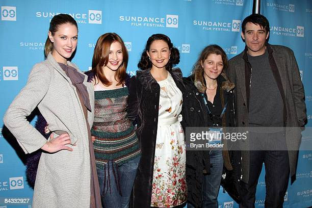 Actresses Lauren Lee Smith Alexia Fast Ashley Judd director Sandra Nettelbeck and actor Goran Visnjic attend the screening of 'Helen' held at the...