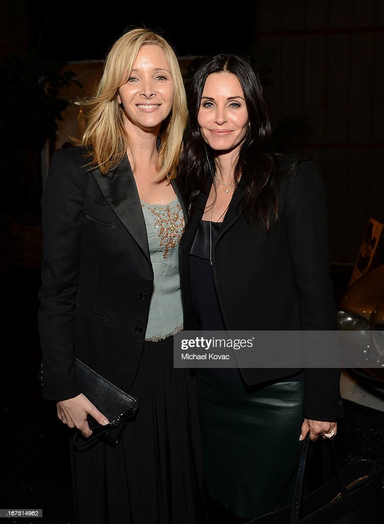 Actresses Lisa Kudrow (L) and Courteney Cox attend P.S. ARTS Presents: LA Modernism Show Opening Night at The Barker Hanger on April 25, 2013 in Santa Monica, California.