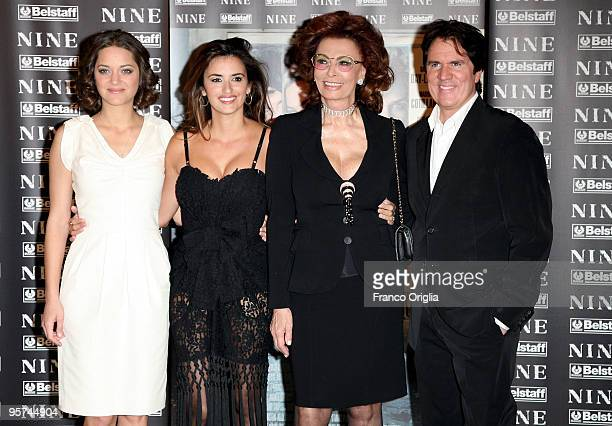 Actresses Marion Cotillard Sophia Loren Penelope Cruz and director Rob Marshall attend 'Nine' photocall at St Regis Grand Hotel on January 13 2010 in...