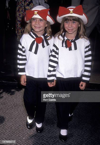 Actresses MaryKate and Ashley Olsen leave for the ABC Sponsors Meeting on May 11 1993 from the Westbury Hotel in New York City