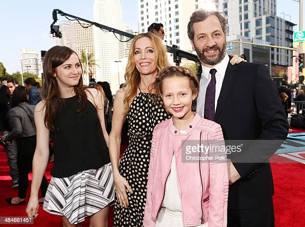 Actresses Maude Apatow Leslie Mann Iris Apatow and producer/director Judd Apatow attend the 2014 MTV Movie Awards at Nokia Theatre LA Live on April...