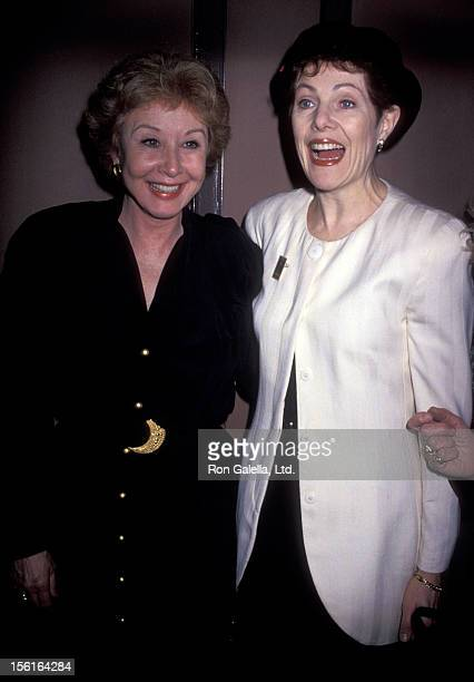 Actresses Michael Learned and Lynn Redgrave attend American Theater Wing Press Conference on December 14 1993 at Sardi's Restaurant in New York City