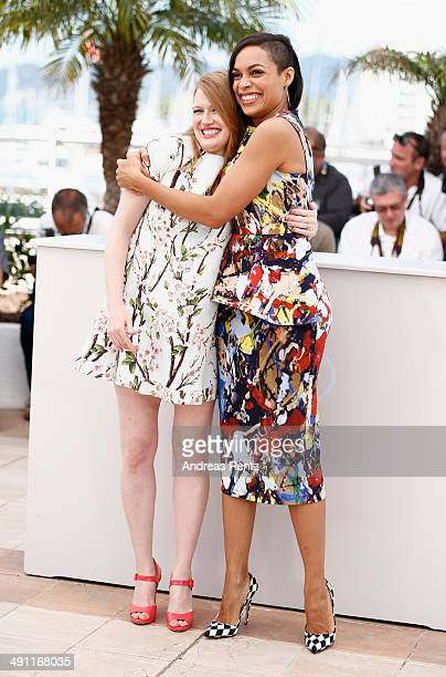 Actresses Mireille Enos and Rosario Dawson attend the 'Captives' photocall during the 67th Annual Cannes Film Festival on May 16 2014 in Cannes France