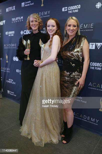 Actresses Moira WalleyBeckett Amybeth McNulty and Miranda de Pencier pose at the 2019 Canadian Screen Awards Broadcast Gala held at Sony Centre for...