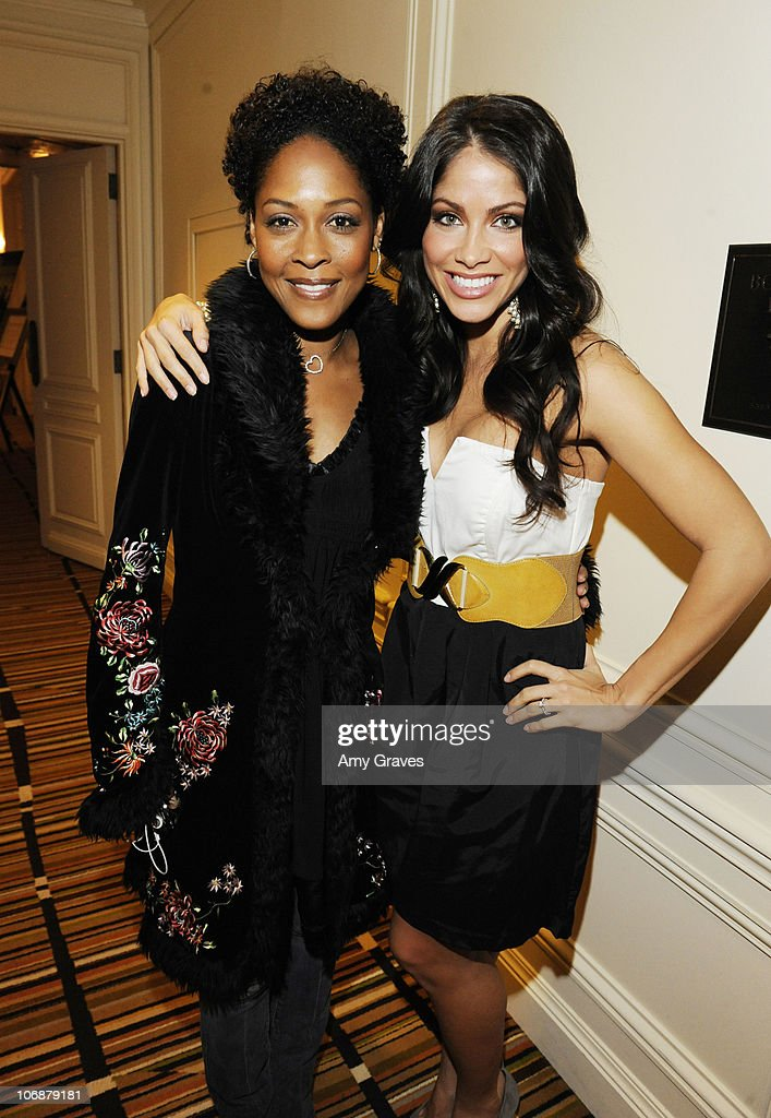 Diary of a single mom season 3 press junket photos and images actresses monica calhoun and valery ortiz attend the diary of a single mom season ccuart Image collections