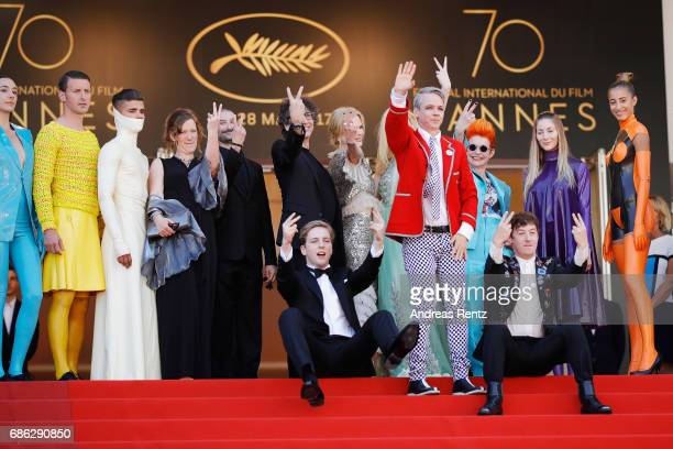 Actresses Nicole Kidman Elle Fanning actors Alex Sharp AJ Lewis director John Cameron Mitchell and the cast of the movie attend the 'How To Talk To...