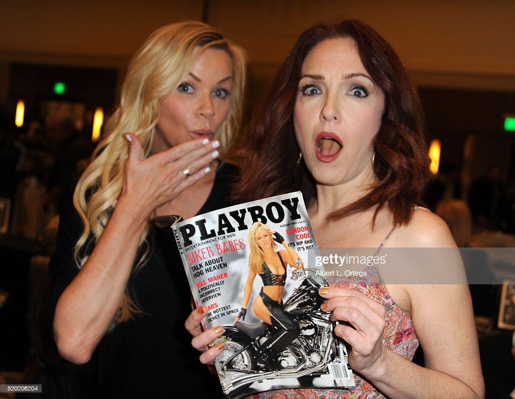 Actresses Nikki Ziering and Amy Yasbeck at the The Hollywood Show held at Westin LAX Hotel on April 9, 2016 in Los Angeles, California.