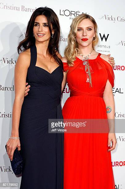 """Actresses Penelope Cruz and Scarlett Johansson arrive on the red carpet at the Los Angeles Premiere of """"Vicky Cristina Barcelona"""" at the Mann Village..."""