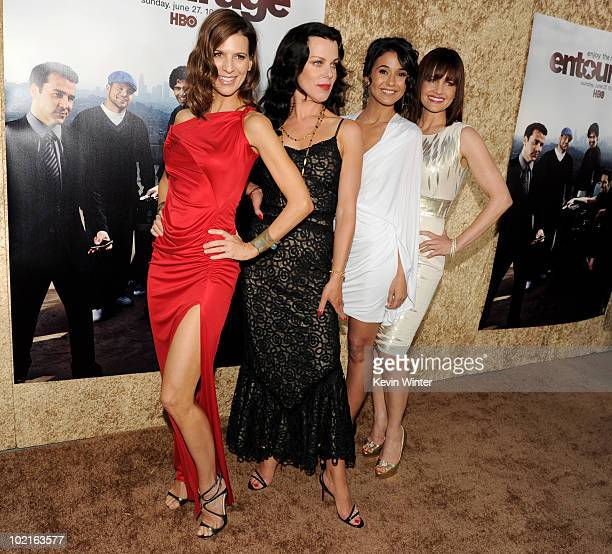 Actresses Perrey Reeves Debi Mazar Emmanuelle Chriqui and Carla Gugino pose at the premiere of HBO's Entourage season 7 at Paramount Studios on June...