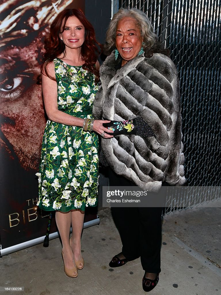 Actresses Roma Downey and Della Reese attend 'The Bible Experience' Opening Night Gala at The Bible Experience on March 19, 2013 in New York City.