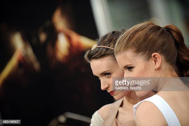 Actresses Rooney Mara and Kate Mara arrive at the world premiere of A Nightmare on Elm Street in Hollywood California on April 27 2010 AFP PHOTO /...