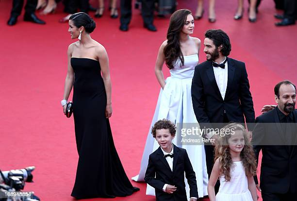 Actresses Sabrina Ouazan and Pauline Burlet actors Elyes Aguis and Tahar Rahim actress Jeanne Jestin and director Asghar Farhad attend the Premiere...