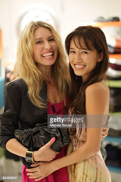 """Actresses Sarah Carter and Mara Lane attends """"Be Chic In Pink"""" Breast Cancer Fundraiser on October 28, 2008 in West Hollywood, California."""