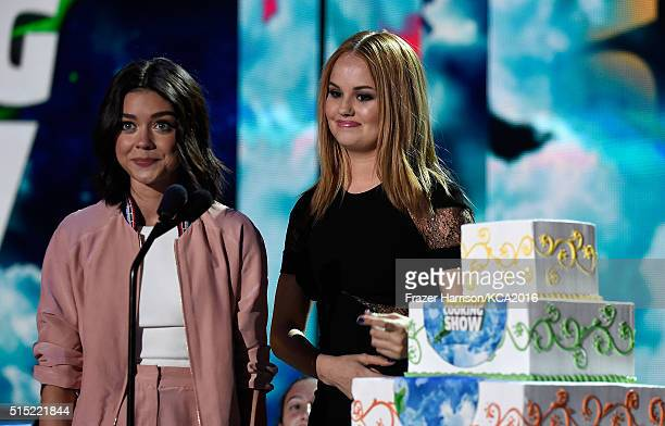 Actresses Sarah Hyland and Debby Ryan speak onstage during Nickelodeon's 2016 Kids' Choice Awards at The Forum on March 12 2016 in Inglewood...
